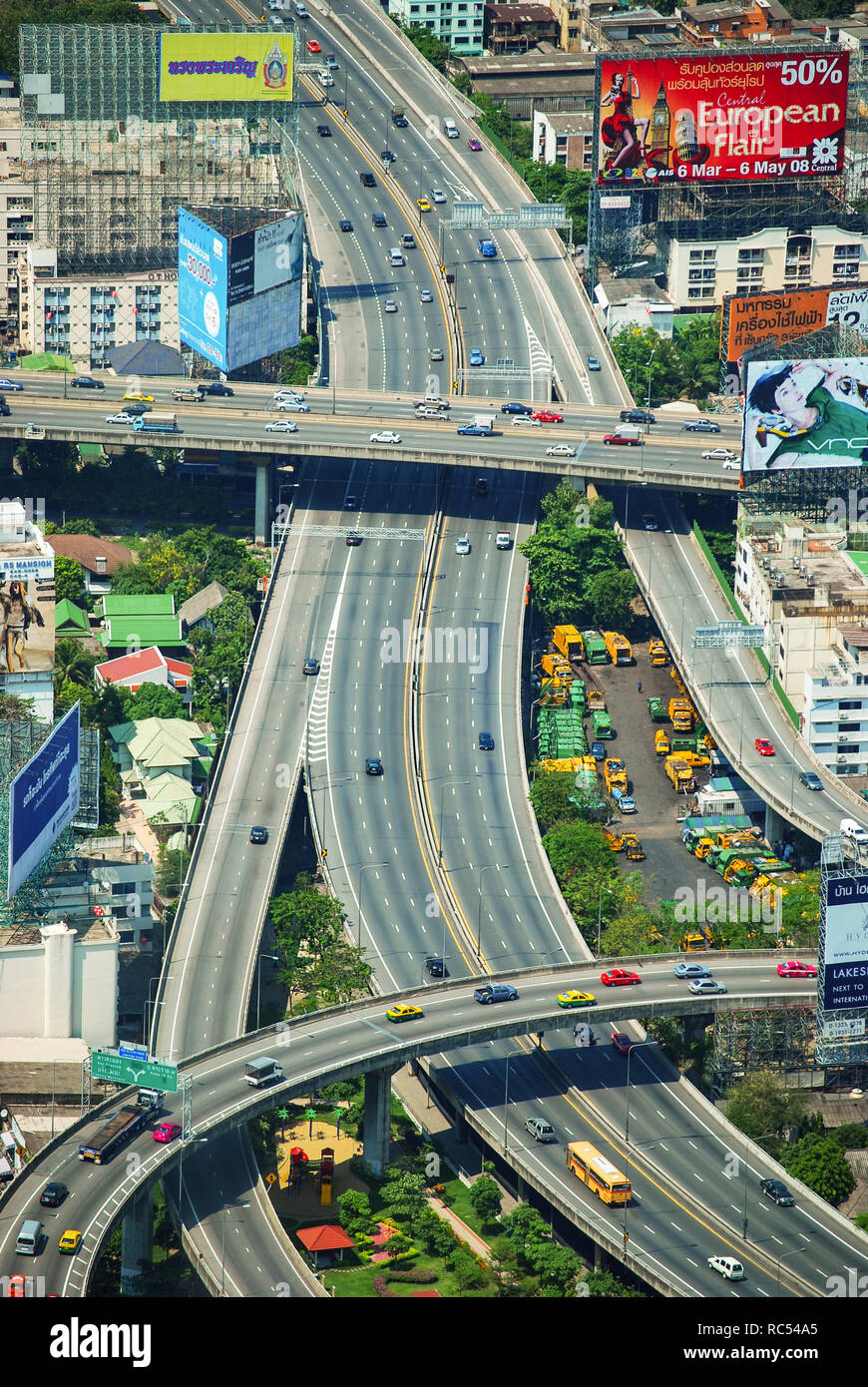 Aerial view of flyovers in Bangkok, Thailand - Stock Image