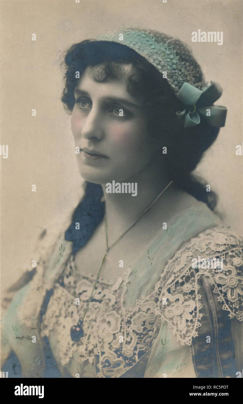"""'Miss Evelyn Millard', c1930. English Shakespearean actress, actor-manager and """"stage beauty"""" of the late nineteenth and early twentieth centuries - Stock Image"""