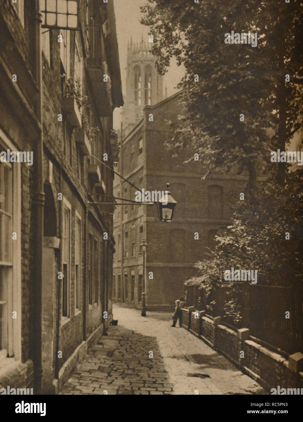 'Clifford's Inn: The Oldest and One of the Most Important Inns of Chancery', c1935. Creator: Unknown. - Stock Image