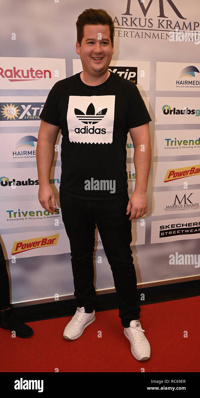 Gummersbach Germany 13th Jan 2019 The Comedian Chris Tall Comes To The Celebrity Game As Part Of The Indoor Football Tournament Schauinsland Reisen Cup Credit Henning Kaiser Dpa Alamy Live News Stock Photo