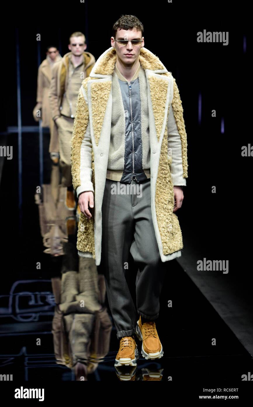 ec30c79bf61c Milano Moda Uomo fall   winter 2019 2020 Emporio Armani fashion show ...