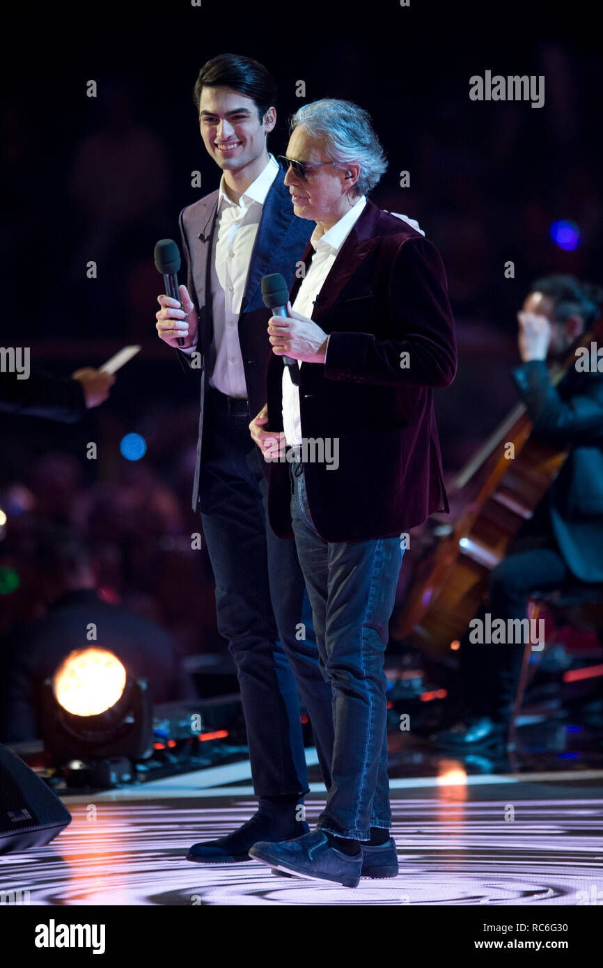 Berlin, Deutschland. 12th Jan, 2019. Andrea BOCELLI, ITA, singer, tenor, musician, with son MATTEO, singing, singing, concert, performance, show, 'Schlagerchampions - the big festival of the best' on the 12.01.2019 in the Velodrom Berlin, | usage worldwide Credit: dpa/Alamy Live News - Stock Image