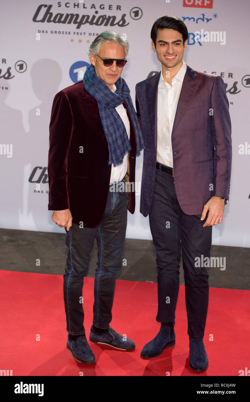 Andrea BOCELLI, ITA, singer, tenor, musician, with son MATTEO, Red Carpet, Red Carpet Show, Arrival, arrival, 'Schlagerchampions - the big festival of the best' on the 12.01.2019 in the Velodrom Berlin, | usage worldwide - Stock Image