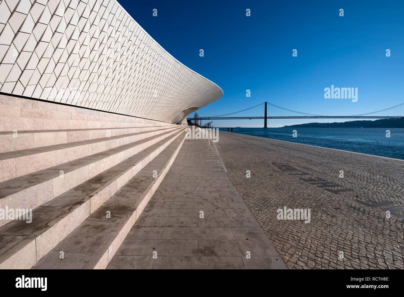 MAAT Museum of Art, Architecture and Technology by architect Amanda Levent, Tagus river and the 25 de Abril bridge, Lisbon, Portugal, Europe Stock Photo