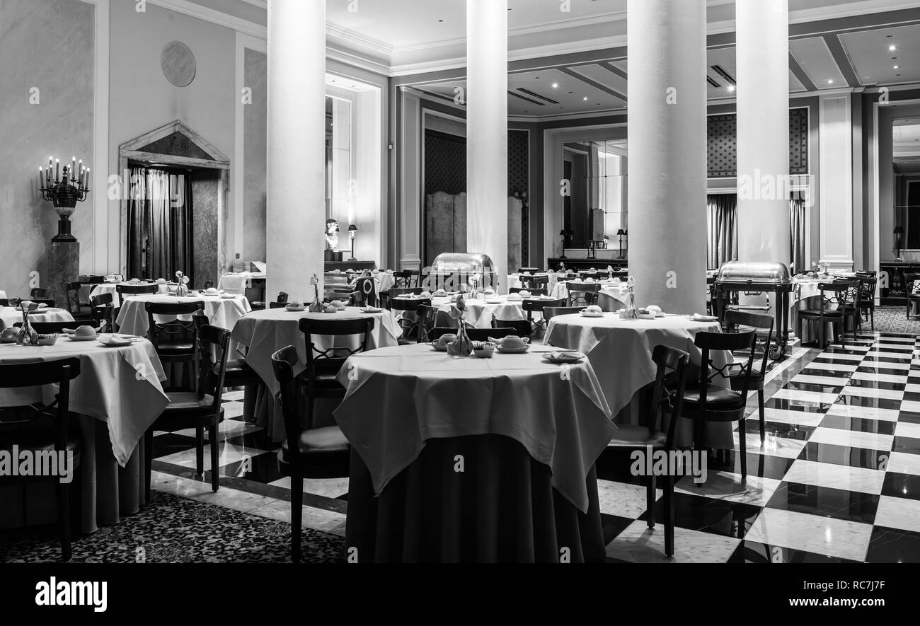 Picture of: Dining Table Black And White Stock Photos Images Alamy