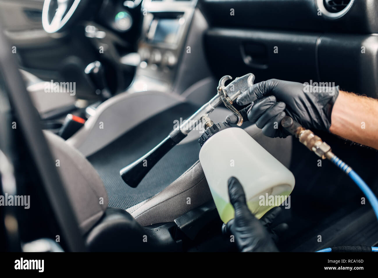 Professional Dry Cleaning Of Car Interior Carwash Service Male