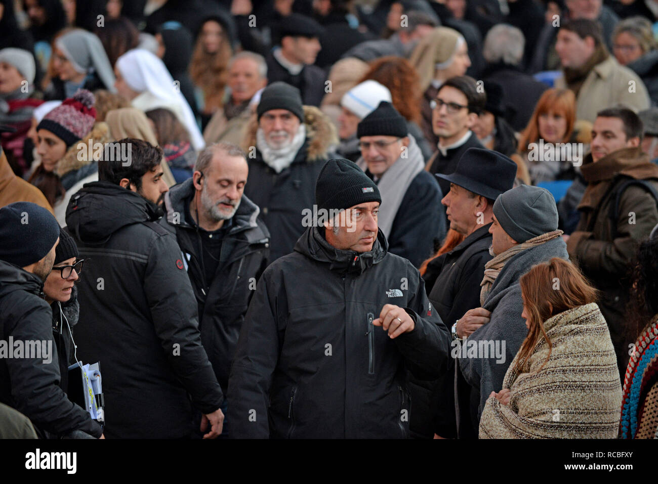 Venice, Italy. 14th January, 2019. The Oscar-winning Italian director Paolo Sorrentino on the set of the TV movie 'The New Pope', in San Giovanni and Paolo square, Venice, 14 January 2019. Andrea Merola / Awakening / Alamy Live News - Stock Image