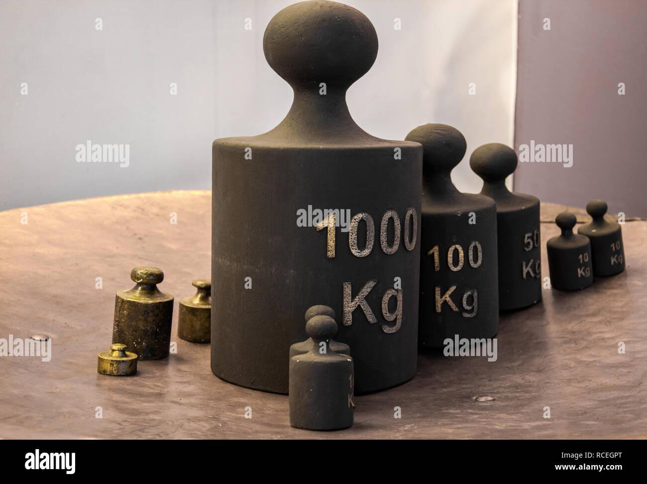 Old iron weight kilogram, measurement units - Stock Image
