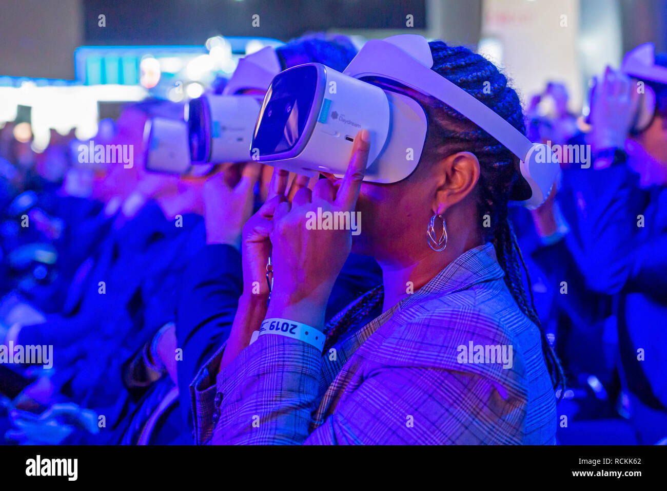 Detroit, Michigan - Journalists use Google Daydream virtual reality headsets as Ford introduces new vehicles at the North American International Auto  - Stock Image
