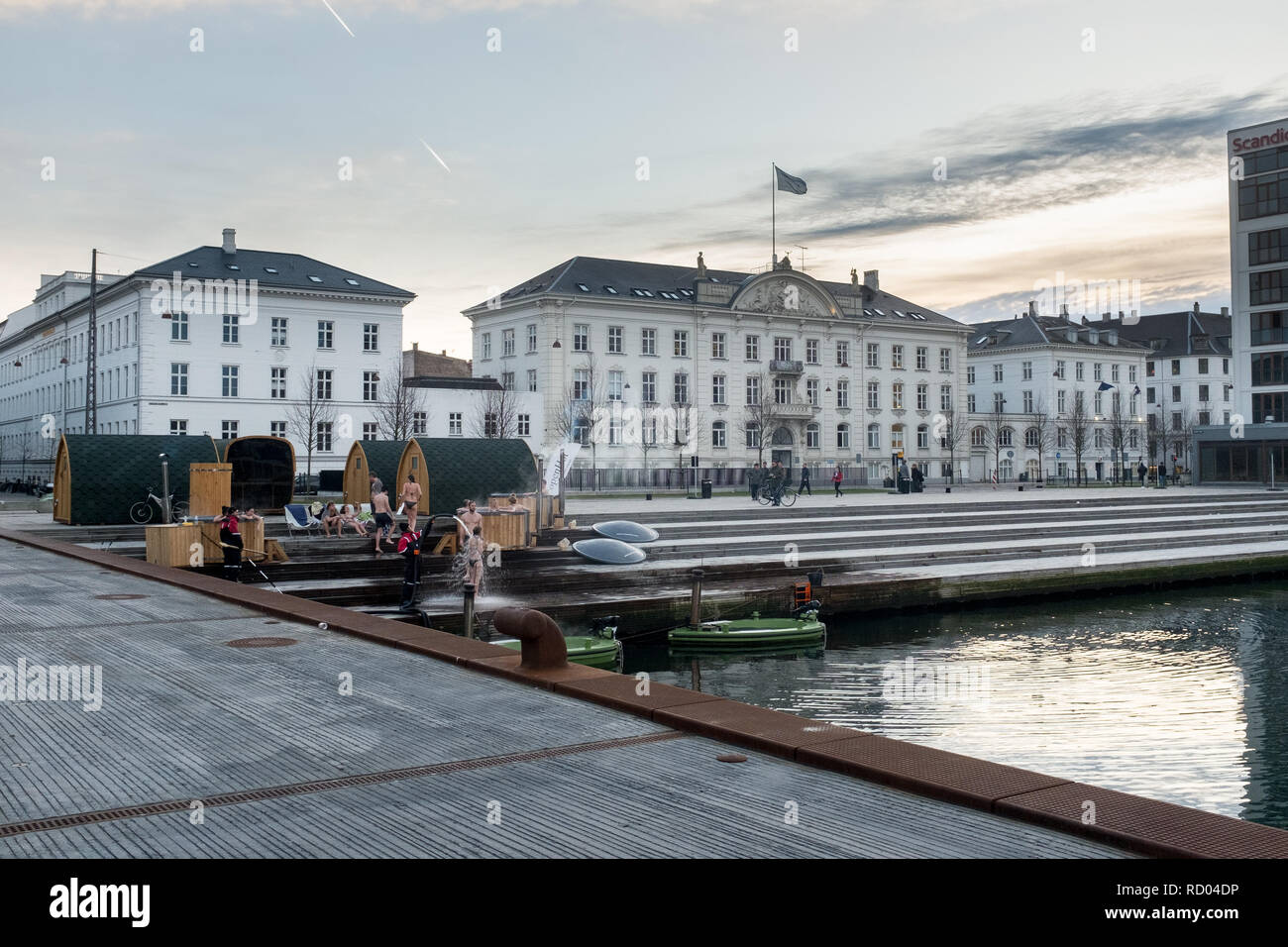 Hot tubs and sauna on the copenhagen harbour during winter alfesco Denmark - Stock Image
