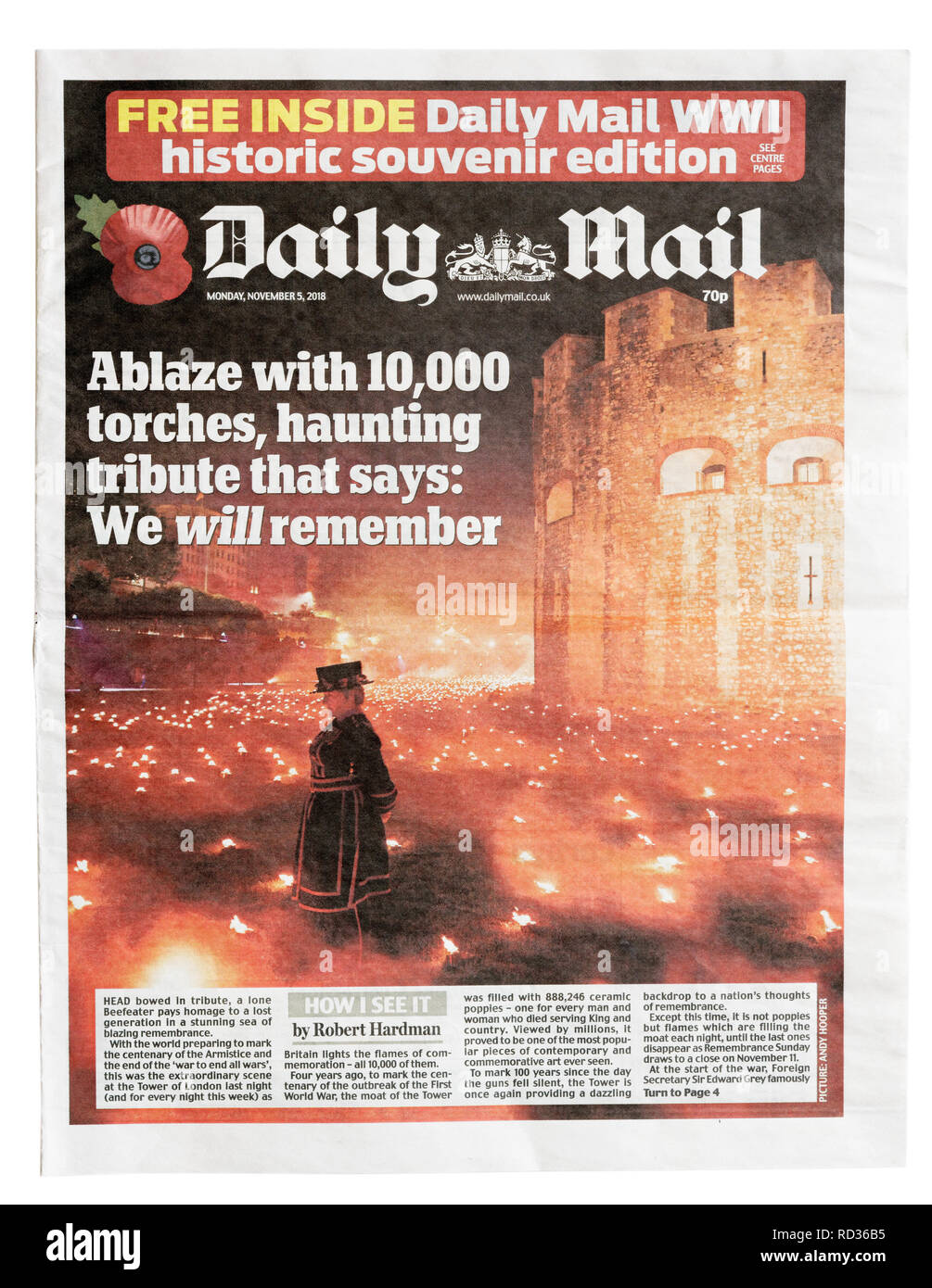 The front page of the Daily Mail from November 5 2018  with the celebration of armistice day in London - Stock Image