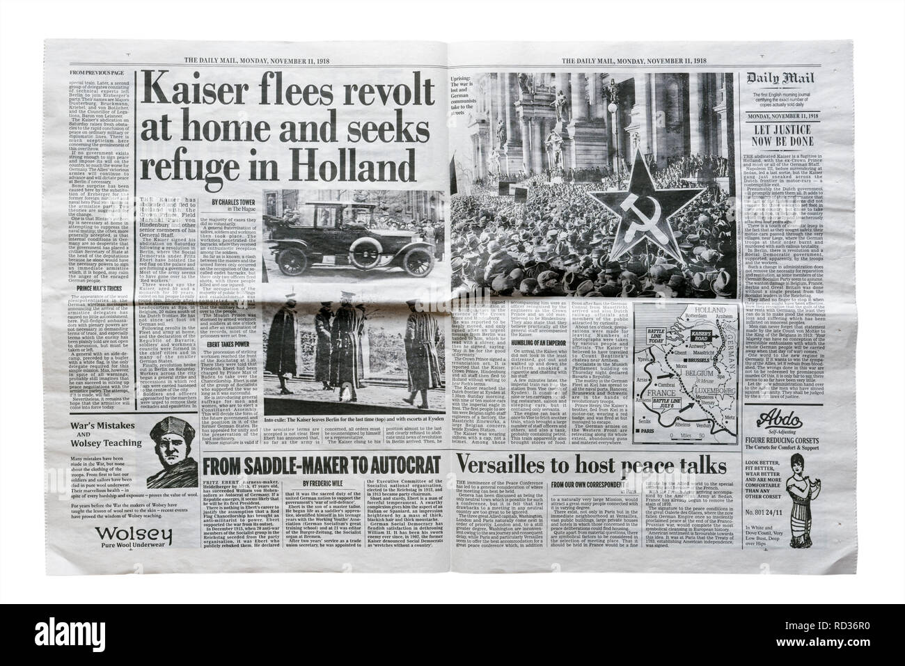 Middle pages of a reproduction Daily Mail from November 11 1918 with the story of the abduction and flight of Kaiser Wilhelm - Stock Image