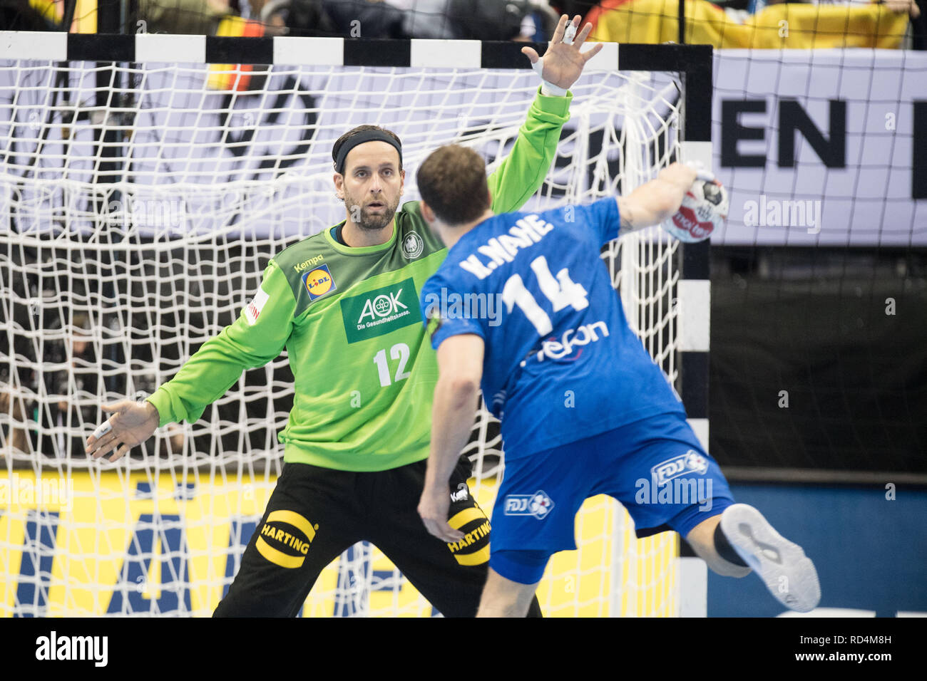 Berlin, Deutschland. 15th Jan, 2019. Goalkeeper Silvio HEINEVETTER (GER) in the seven-meter duel versus Kentin MAHE (FRA), action, preliminary round group A, Germany (GER) - France (FRA) 25:25, on 15.01.2019 in Berlin/Germany. Handball World Cup 2019, from 10.01. - 27.01.2019 in Germany and Denmark. | Usage worldwide Credit: dpa/Alamy Live News Stock Photo