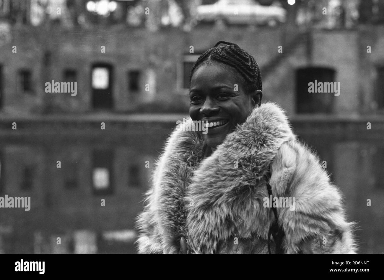 Amerikaanse filmster Cicely Tyson tijdens persconferentie in Utrecht, Bestanddeelnr 926-2469. - Stock Image