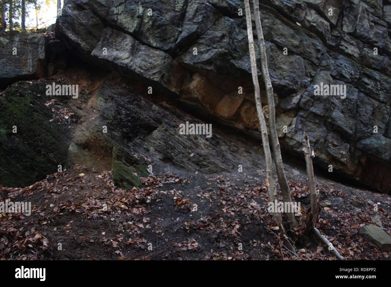 Angular unconformity Shawangunk Martinsburg Otisville NY. - Stock Image