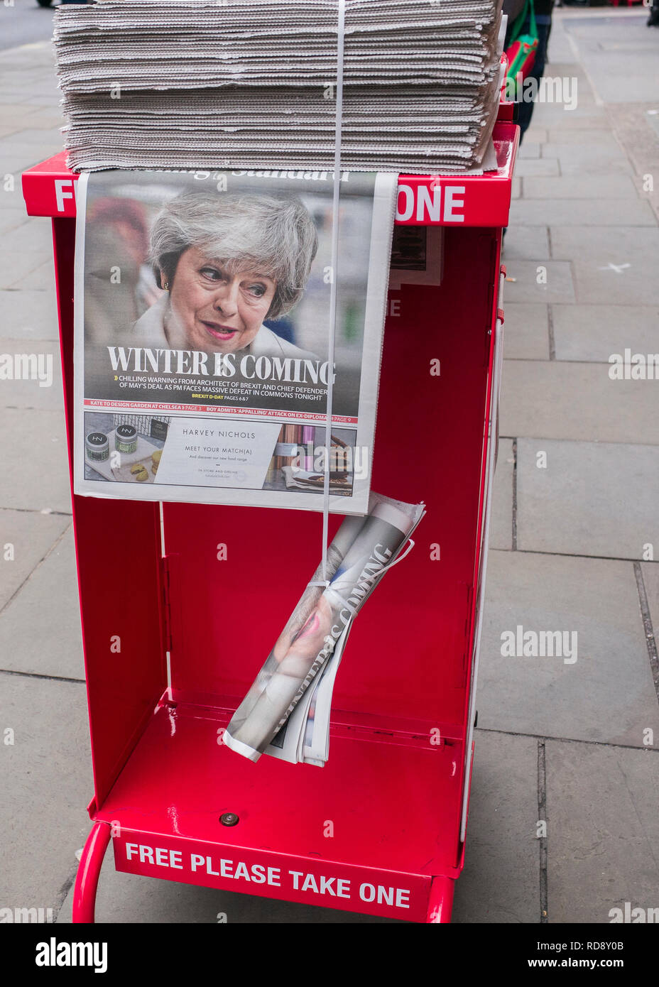 "Theresa May,Evening standard newspaper headline, ""winters coming"" Evening standard free newspaper dispensed on streets of London Stock Photo"