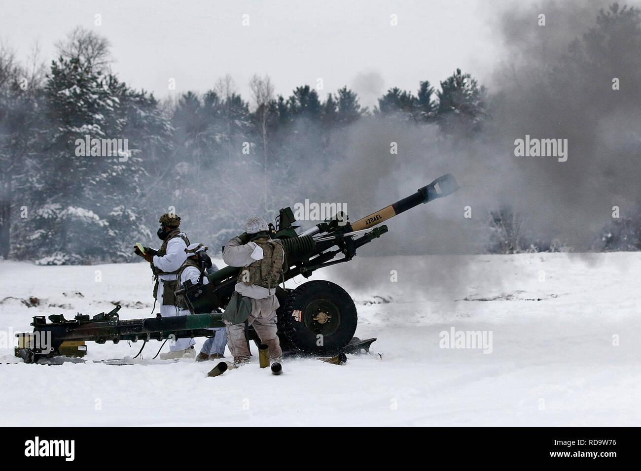 Mountain Howitzer Stock Photos & Mountain Howitzer Stock Images - Alamy