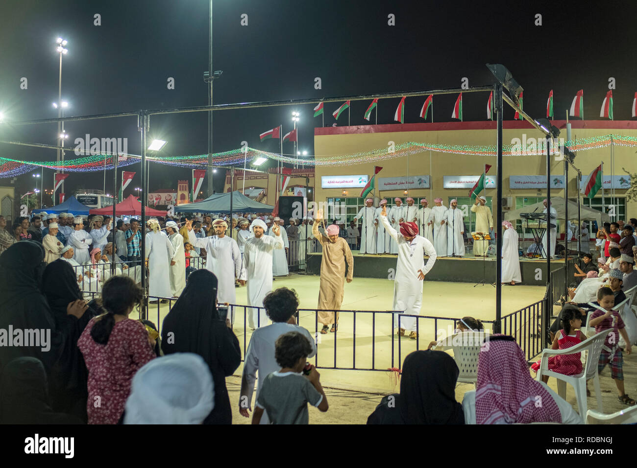 Omani Dress Stock Photos & Omani Dress Stock Images - Alamy