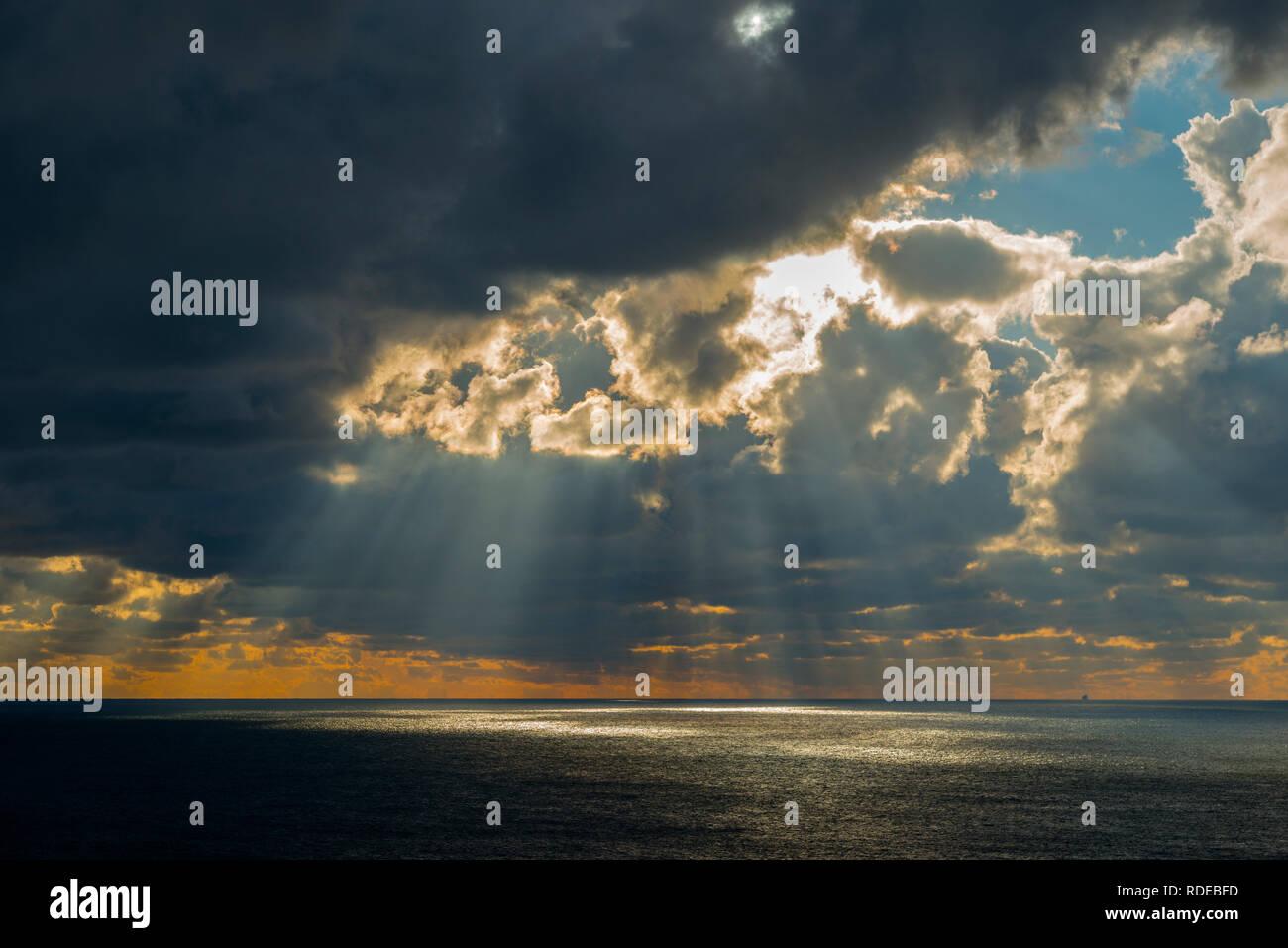 Deutschland, Pinneberg, Helgoland, Wolken, Sonnenuntergang - Stock Image