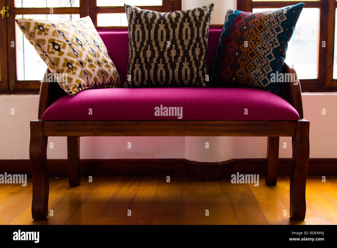 Sofa, pattern, wood, purple, Couch, Kissen Muster Sessel lila kolonial Holz pillow colorful beautiful window Stock Photo