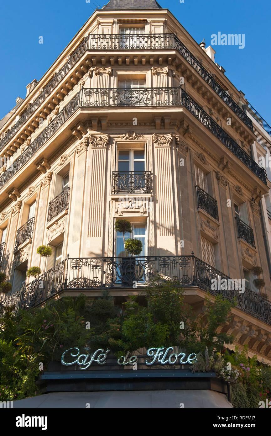 Cafe de Flore, Saint Germain des Pres, Paris, France, Europe - Stock Image
