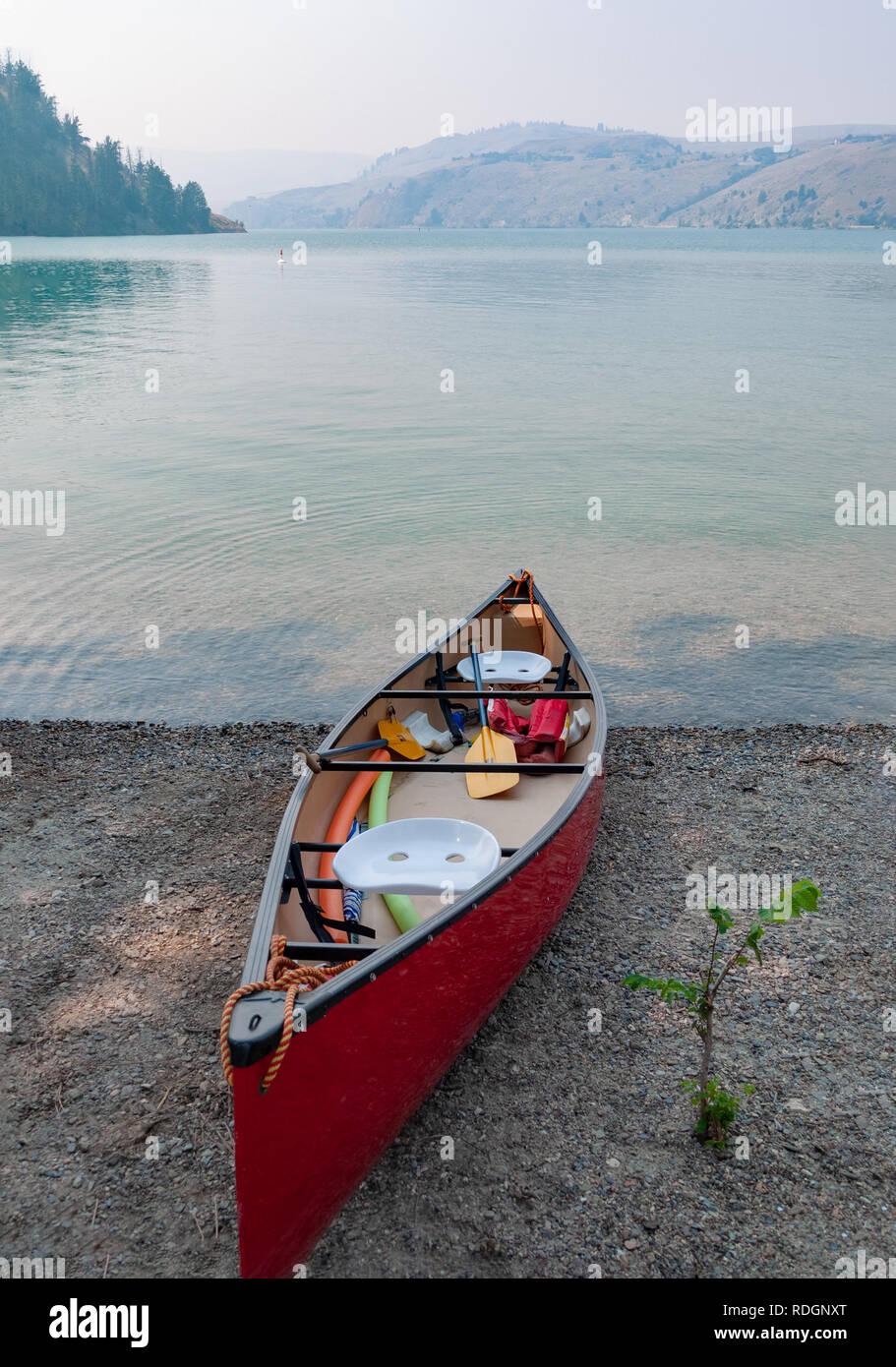 Lightweight Canoe Stock Photos & Lightweight Canoe Stock