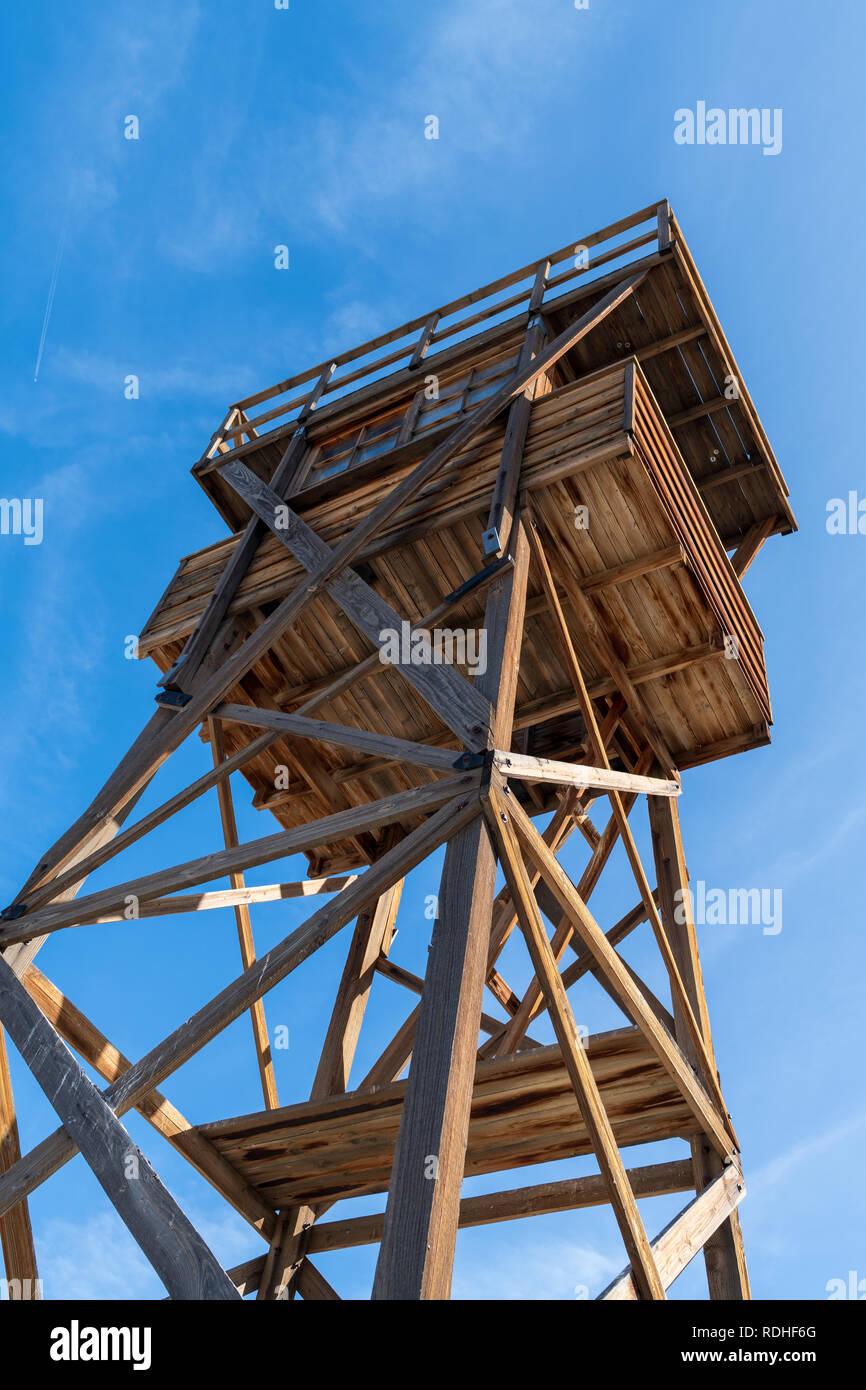 Guard tower reconstruction at Manzanar National Historic Site, California, USA - Stock Image