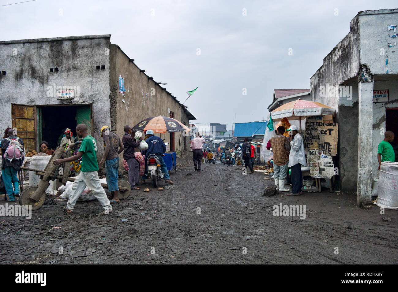 The roads in Goma, North Kivu, Democratic Republic of Congo are muddy, congested, and chaotic. - Stock Image