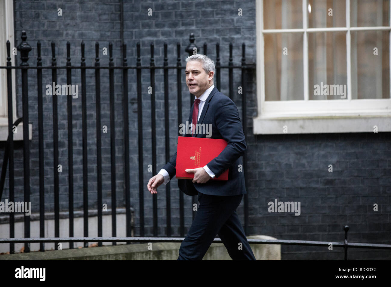 Stephen Barclay, Secretary of State for Exiting the European Union arrives at No.10 Downing Street for further Brexit talks with the Prime Minister. - Stock Image