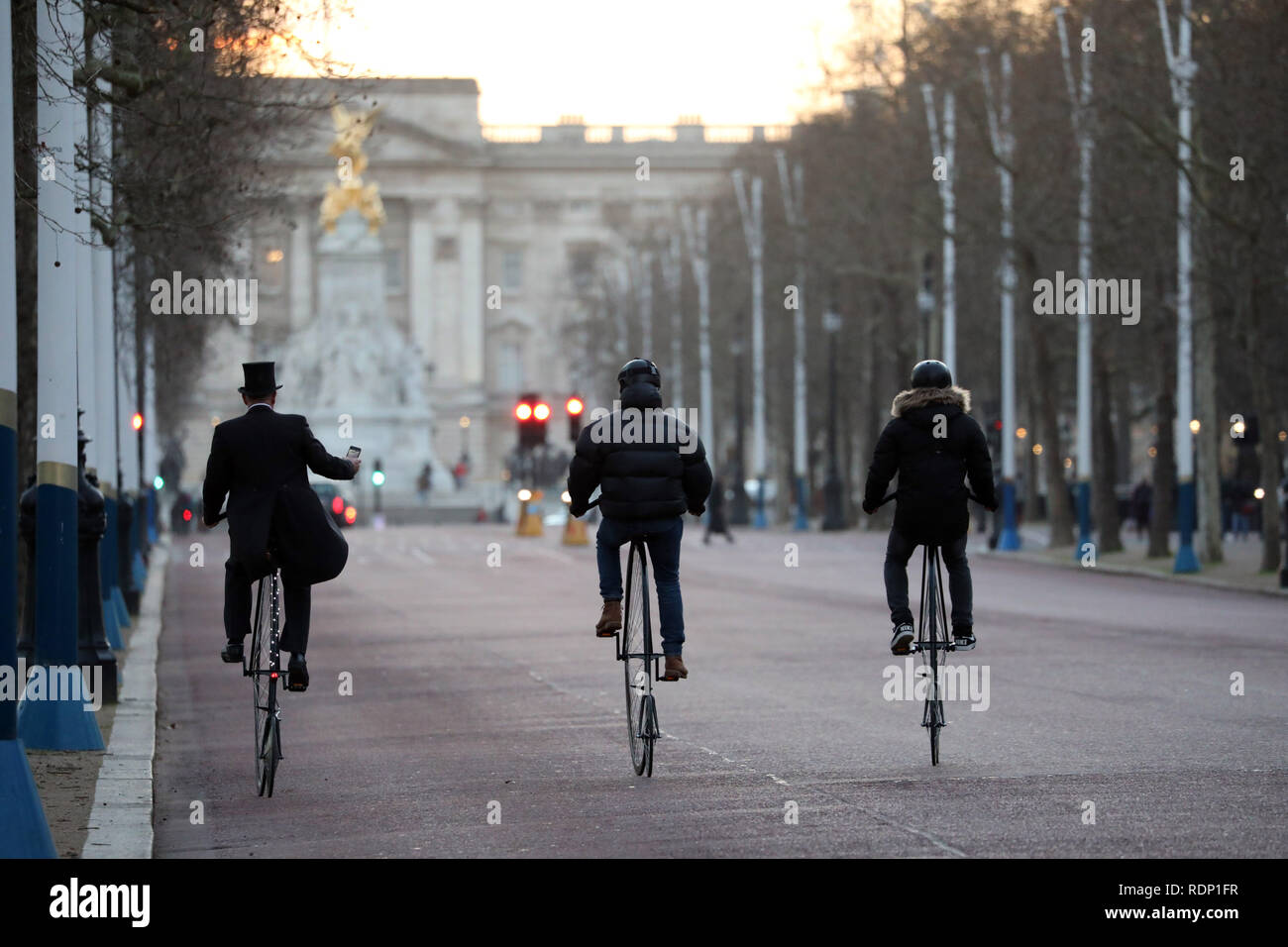 Penny Farthing tour St James's Park area - Stock Image