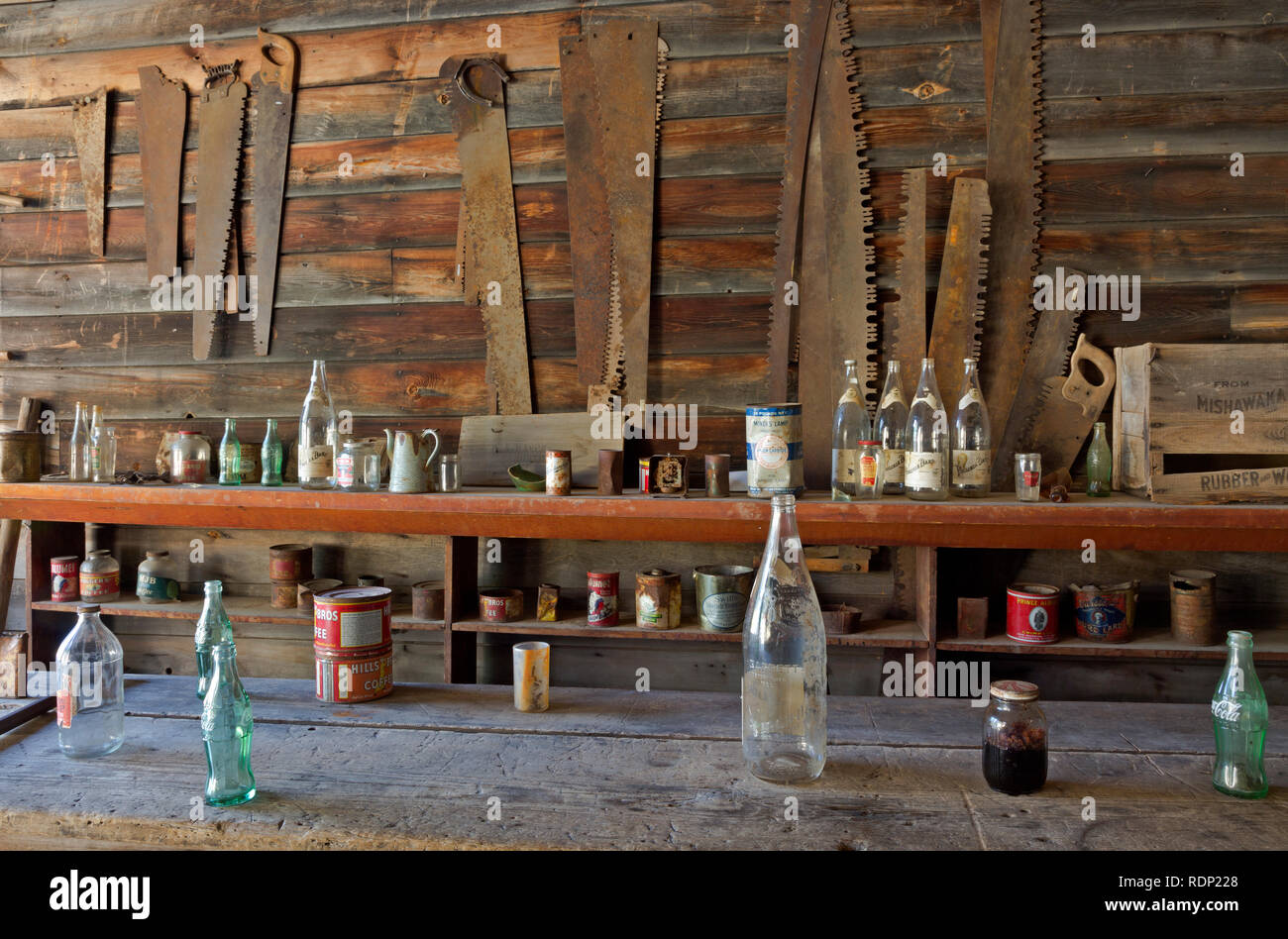 MT00279-00...MONTANA - Display of items that might have been sold at the Frank A. Davey Store in the historic ghost town of Garnet. - Stock Image