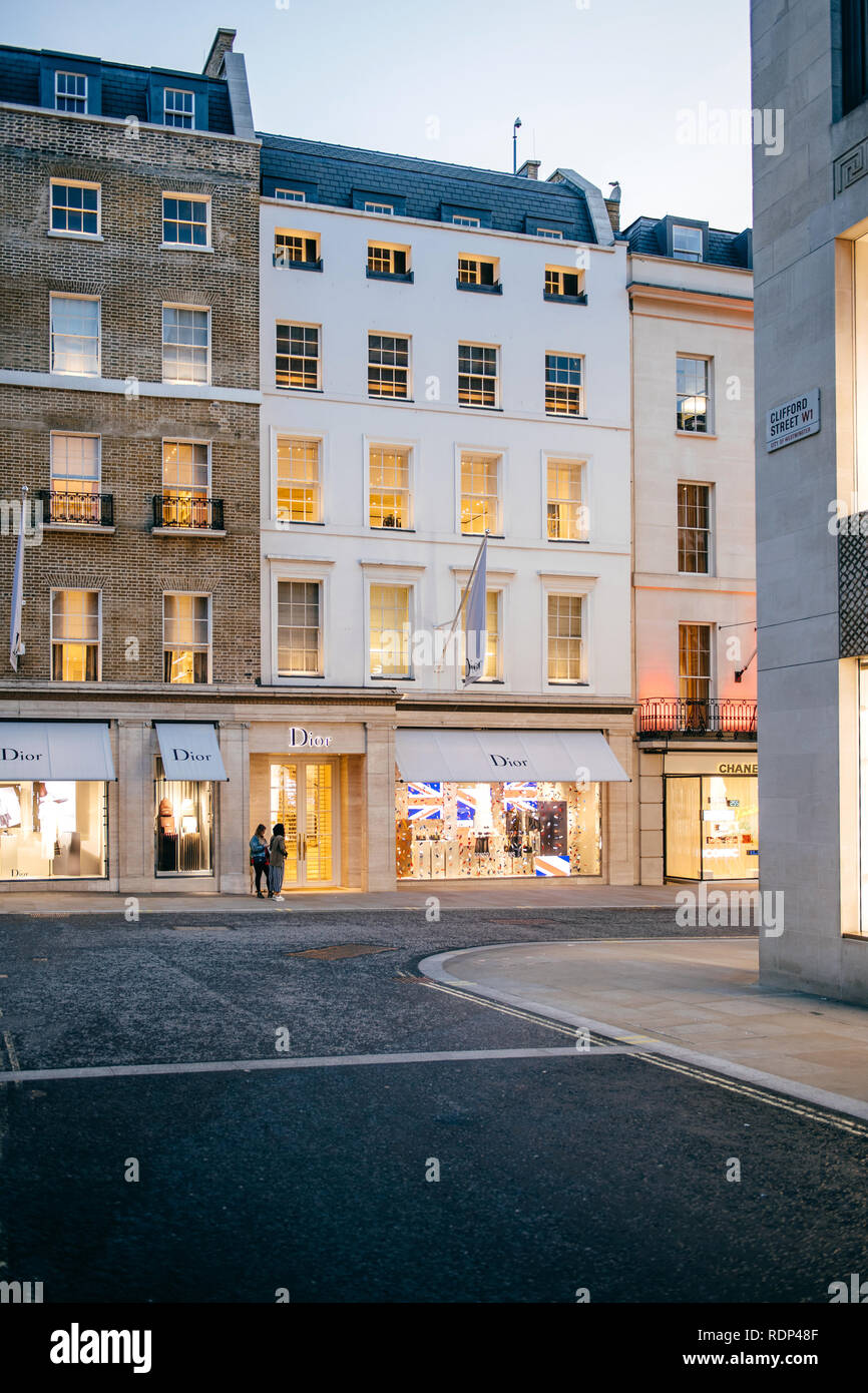 Chanel London Stock Photos & Chanel London Stock Images - Alamy