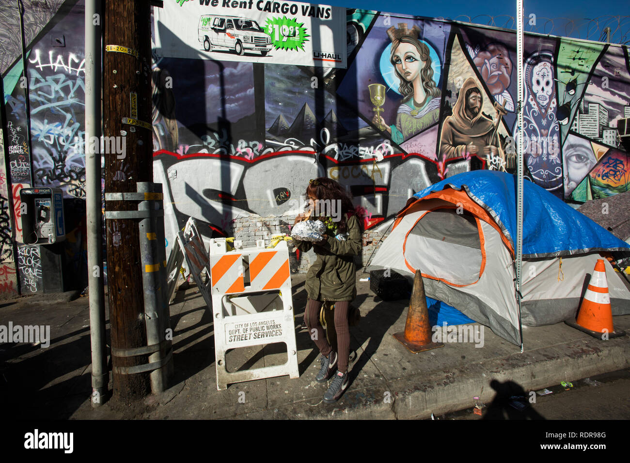 Christmas Los Angeles 2019 7th Street, Skid Row on Christmas Day 2019, Los Angeles