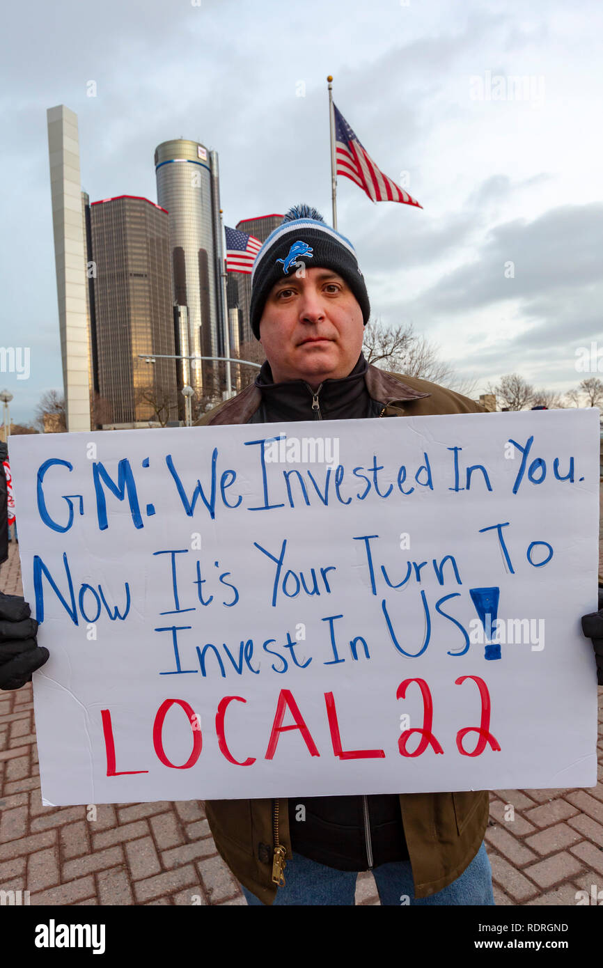 Detroit, Michigan USA - 18 January 2019 - General Motors workers and supporters rallied outside GM headquarters to protest General Motors' plan to close five auto plants in the United States and Canada. Credit: Jim West/Alamy Live News - Stock Image