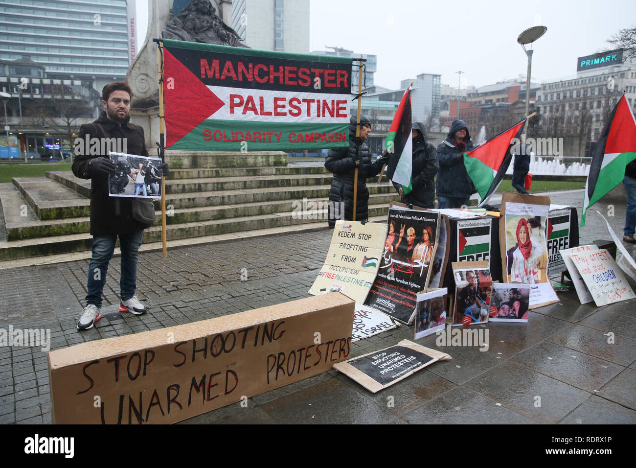 Manchester, UK. 19th January 2019. Pro Palestinian protesters take to the streets during International week of action called by the Manchester boycott Israel group in solidarity with the Palestinian Prisoner Solidarity Network.  19th January 2019 (C)Barbara Cook/Alamy Live News Credit: Barbara Cook/Alamy Live News - Stock Image