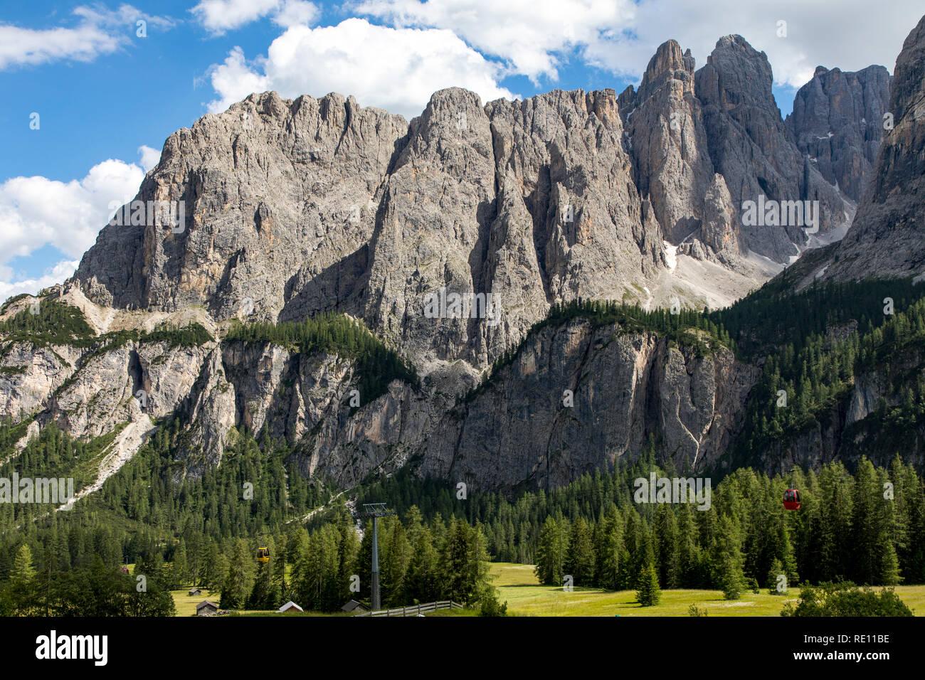 South Tyrol, Trentino, Italy, mountain panorama at the Gardena Pass, mountain pass in the South Tyrolean Dolomites, - Stock Image