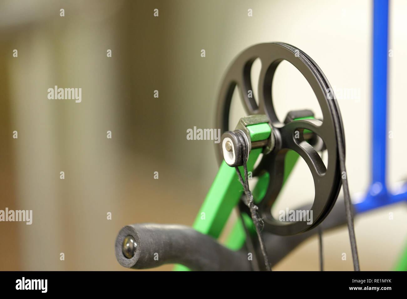 Archery Bow Cam with space for text and copy - Stock Image