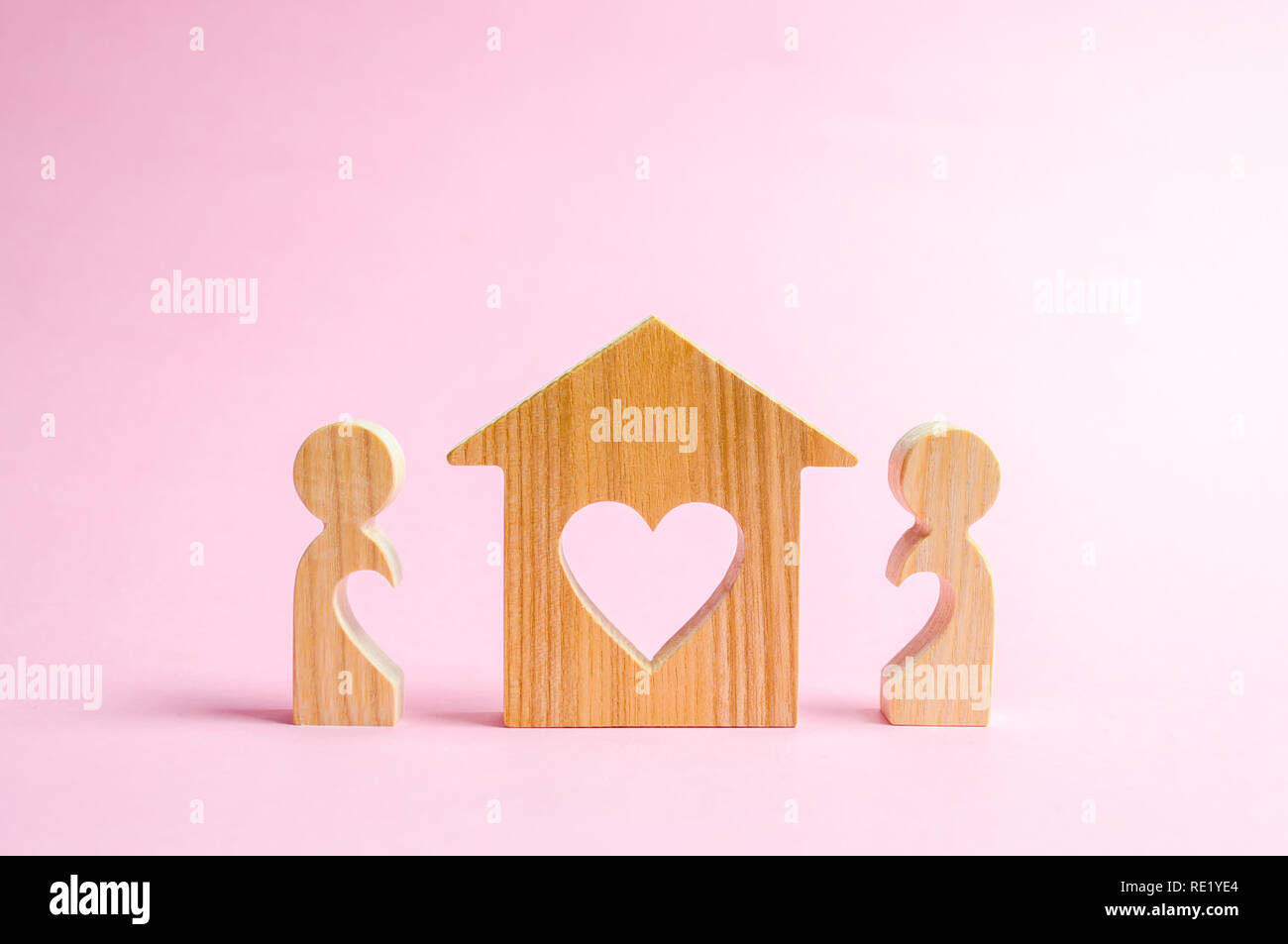 Pleasant A House With A Heart Stands Between A Pair Of Lovers The Home Remodeling Inspirations Genioncuboardxyz