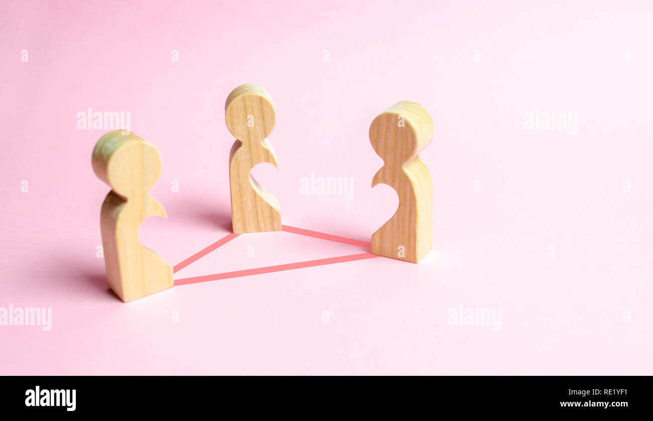 Three figures of people with voids inside the body in the form of halves of the heart are connected by lines. Love triangle concept. Unrecognized love - Stock Image