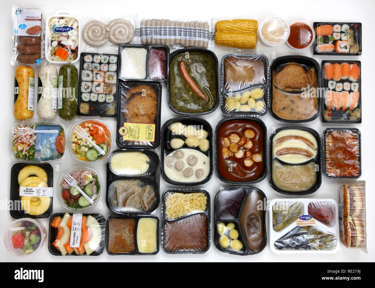 Several prepared meals, convenience food - Stock Image