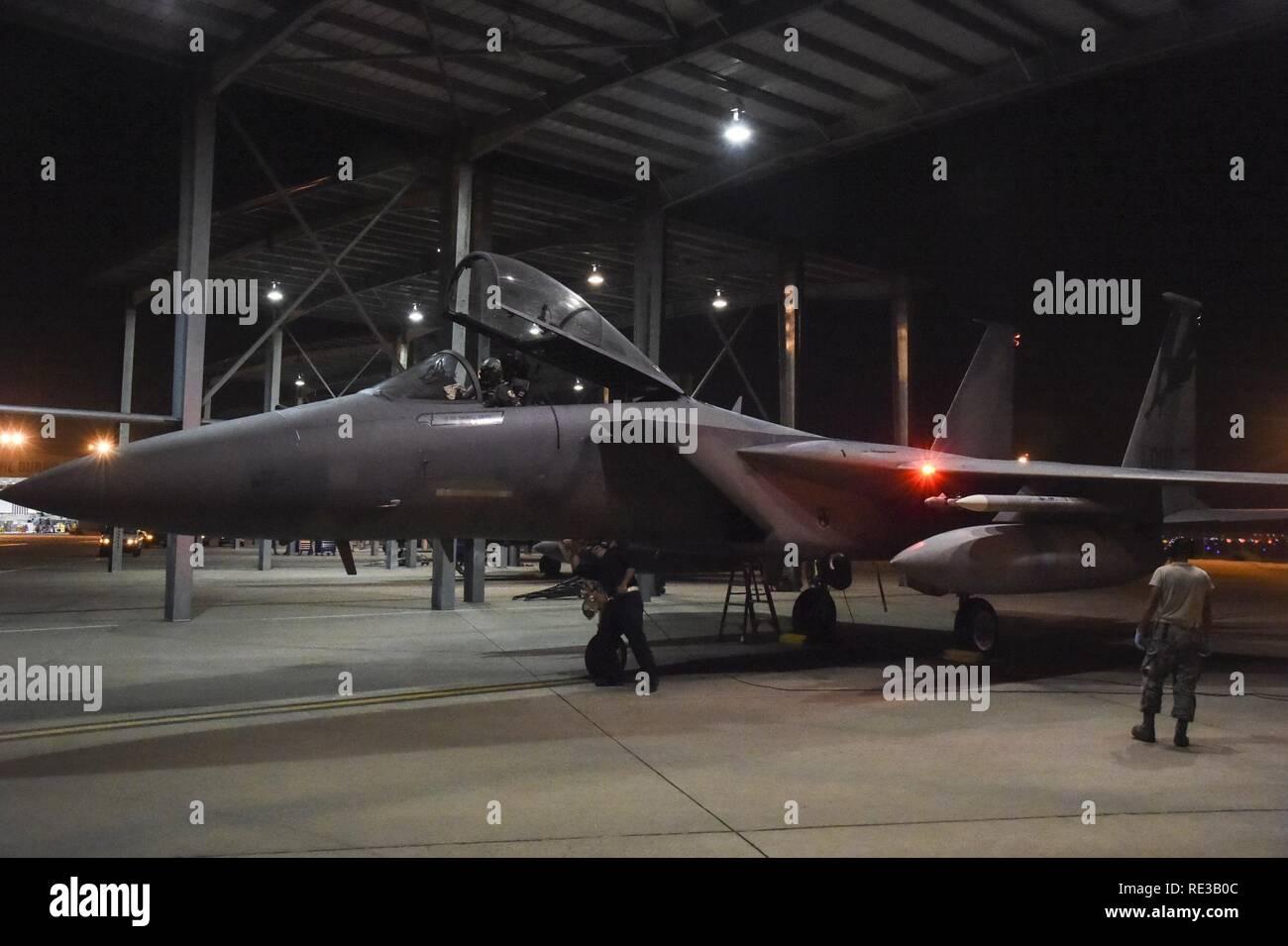 U.S. Air Force Senior Airmen Michael Ahrens and Rudolpho Montalvo 8604c4ea0875