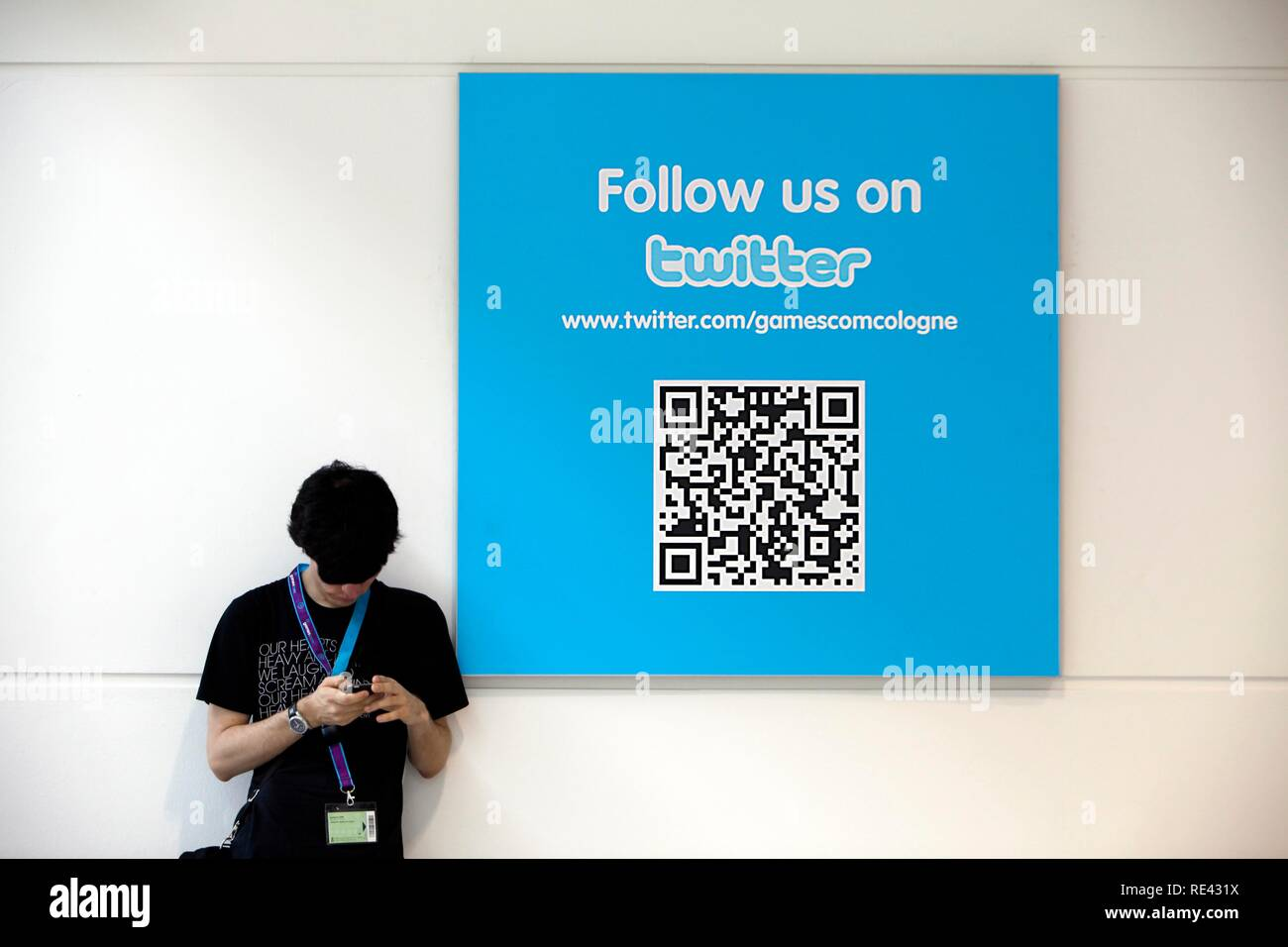 Twitter news portal, blogging at the Entertainment Area of the Gamescom, the world's largest fair for computer games in the - Stock Image