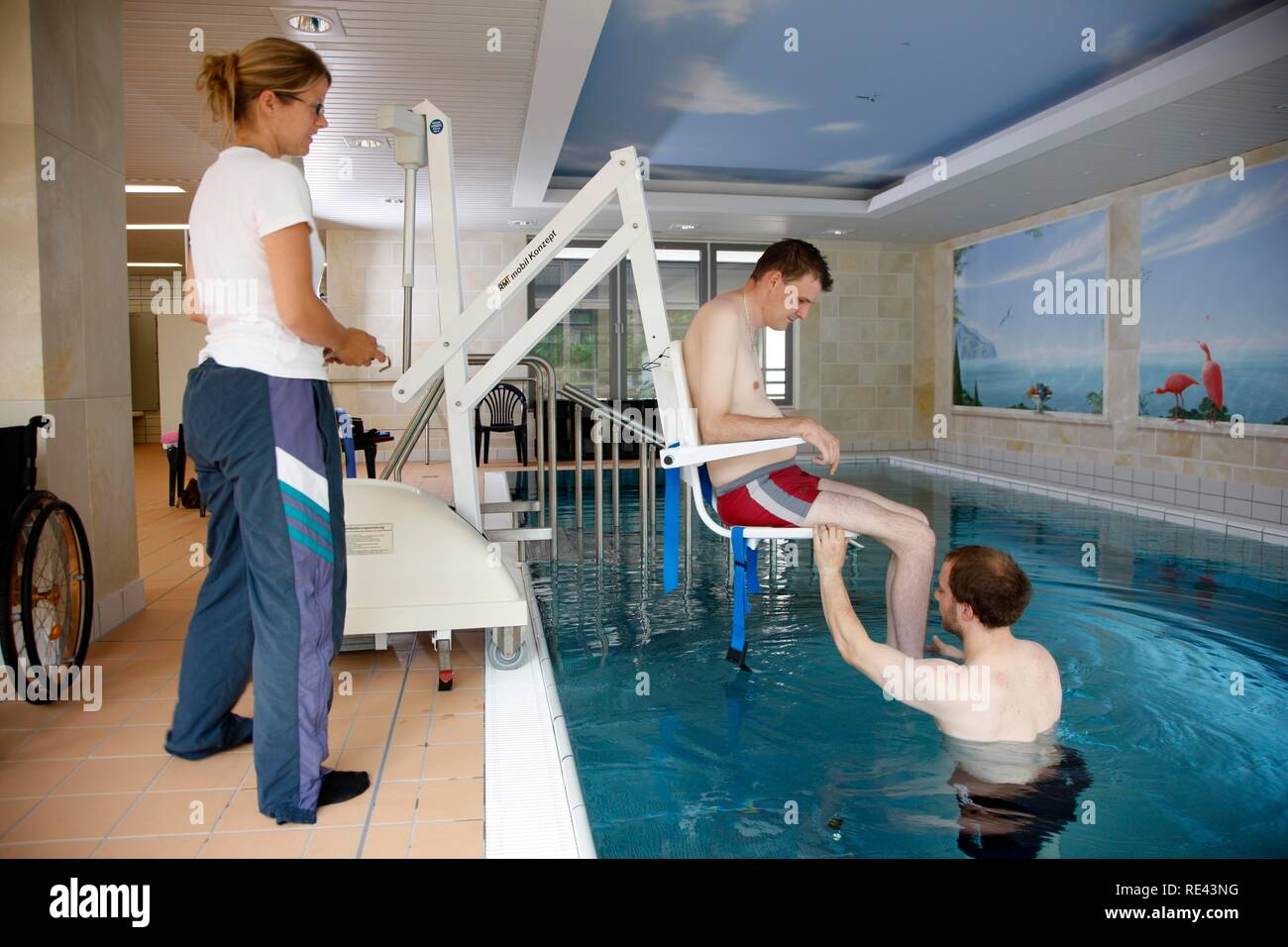 Transport lift for individual therapy in a heated pool, physical therapy in a neurological rehabilitation centre, Bonn - Stock Image