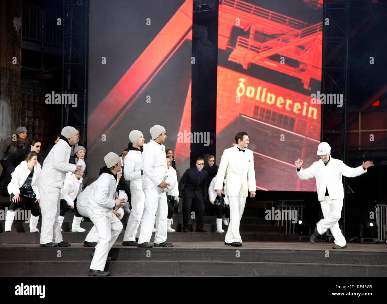 Dress rehearsal for the kick-off event of the Capital of Culture 2010 event, Kokerei Zollverein coking plant, part of the Zeche - Stock Image