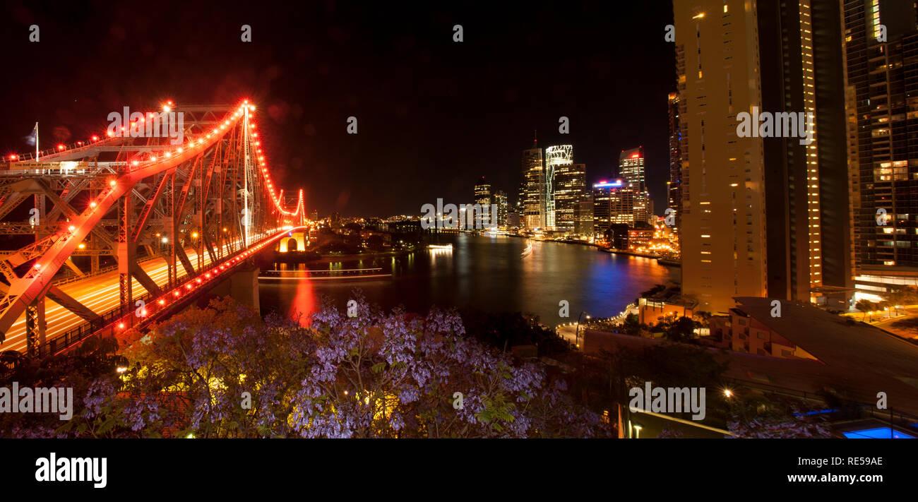 Story Bridge and Brisbane River. Brisbane by night, Queensland, Australia - Stock Image