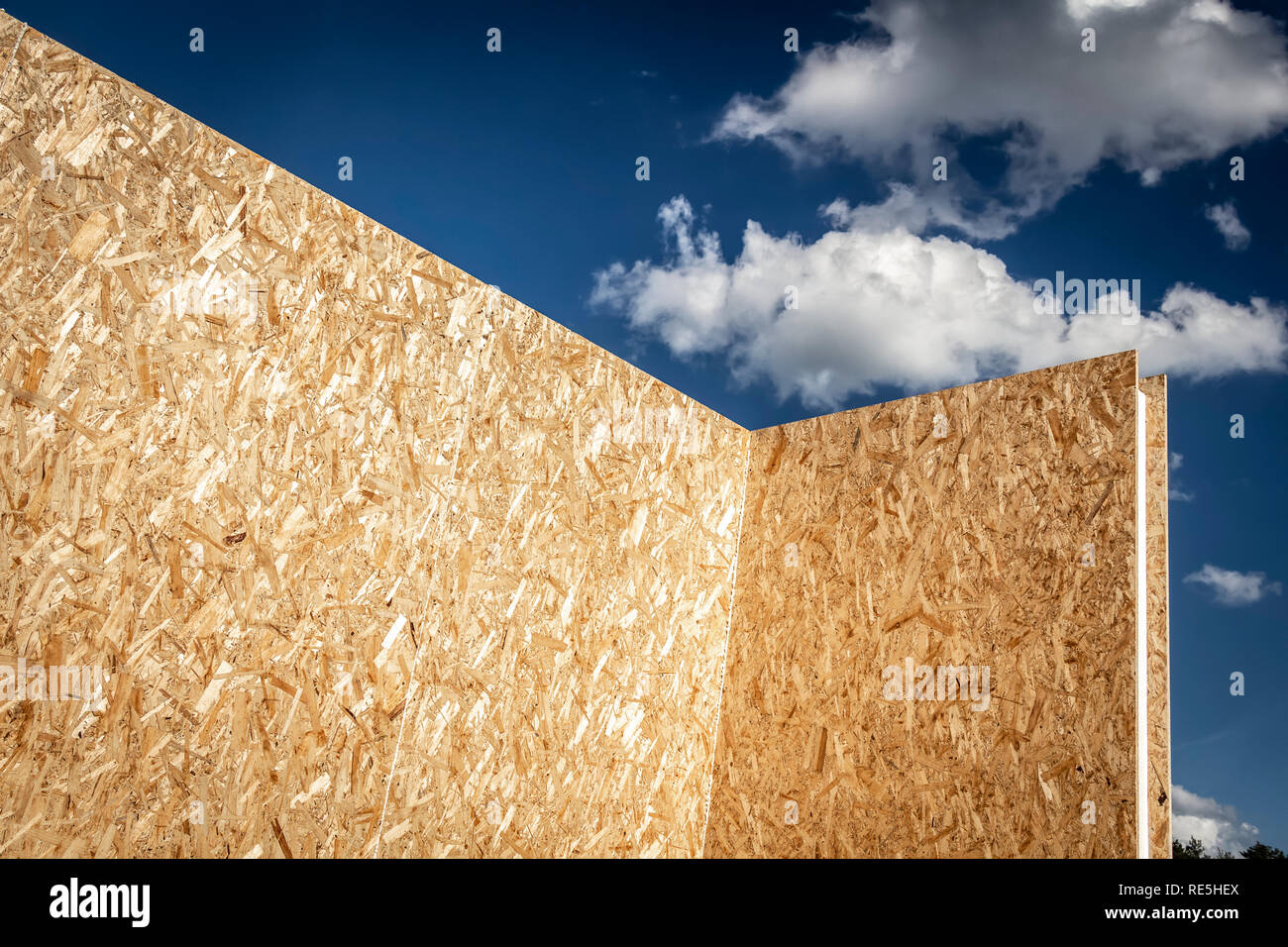 Construction of a wooden house of SIP panels. - Stock Image
