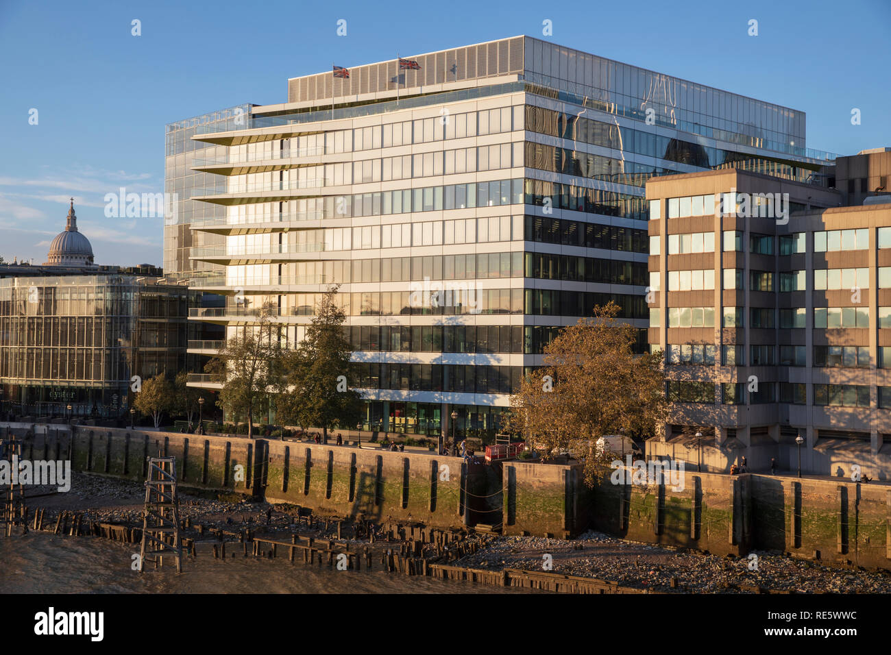 Riverbank House in London, England. - Stock Image