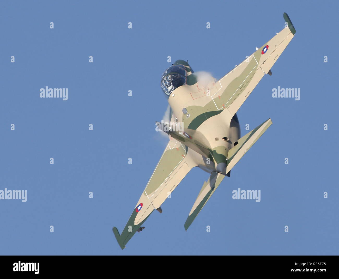 Numera två par tumvantar - Yak-130 Mitten - Zvezda 1/48 - Sida 7 Vientiane-laos-20th-jan-2019-vientiane-laos-january-20-2019-a-yakovlev-yak-130-jet-trainer-aircraft-during-a-military-parade-marking-70-years-since-the-founding-of-the-lao-peoples-armed-forces-marina-lystsevatass-credit-itar-tass-news-agencyalamy-live-news-RE6E75