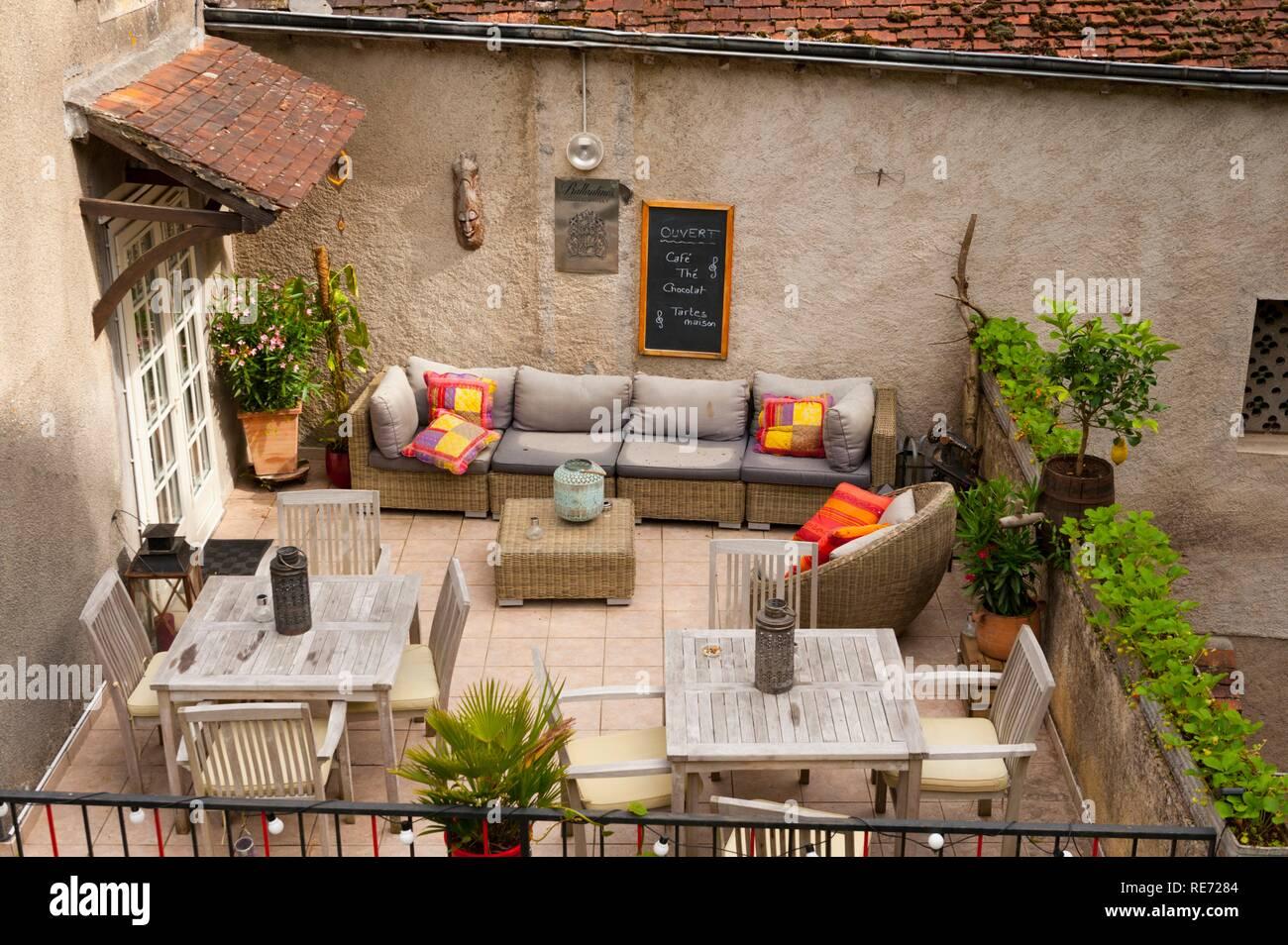 France, Indre (36), Gargilesse-Dampierre, Hotel des Artistes terrace - Stock Image
