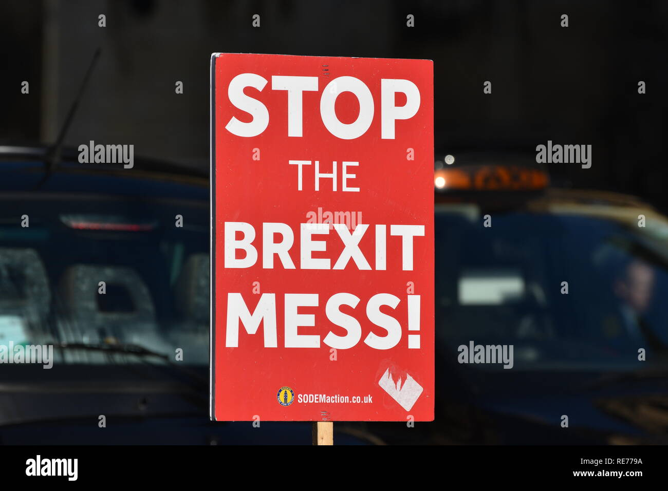 A 'Stop the Brexit Mess' Roadside Sign outside the British Parliament at Westminster, London, UK.  Jan 2019 - Stock Image